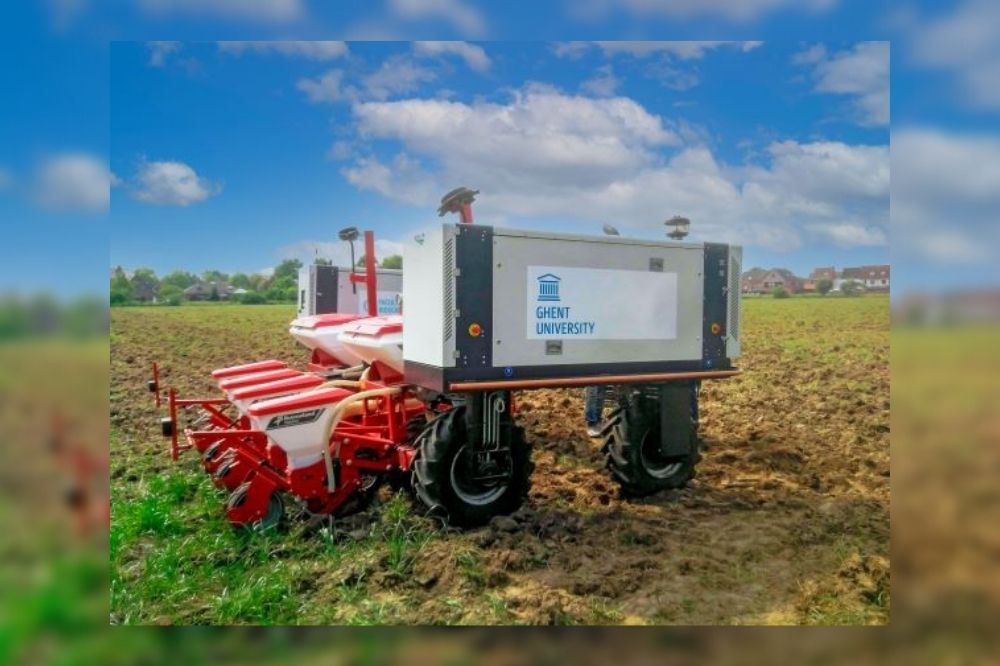 Multifunctionele landbouwrobot levert landbouwer én milieu grote winsten op